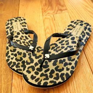 NEW KATE SPADE Rhett Leopard Wedge Flip Flops Sand